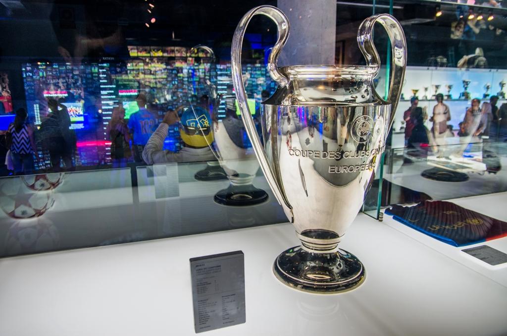 Trofeul Ligii Campionilor, cea mai urmarita competitie sportiva din istorie, in care doar castigarea finalei aduce clubului triumfator 15 milioane de euro!
