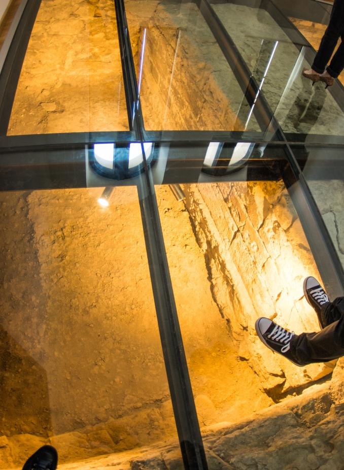 palatul culturii catacombe