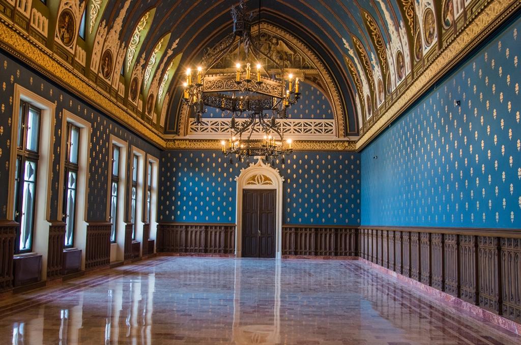 palatul culturii renovat reflexii